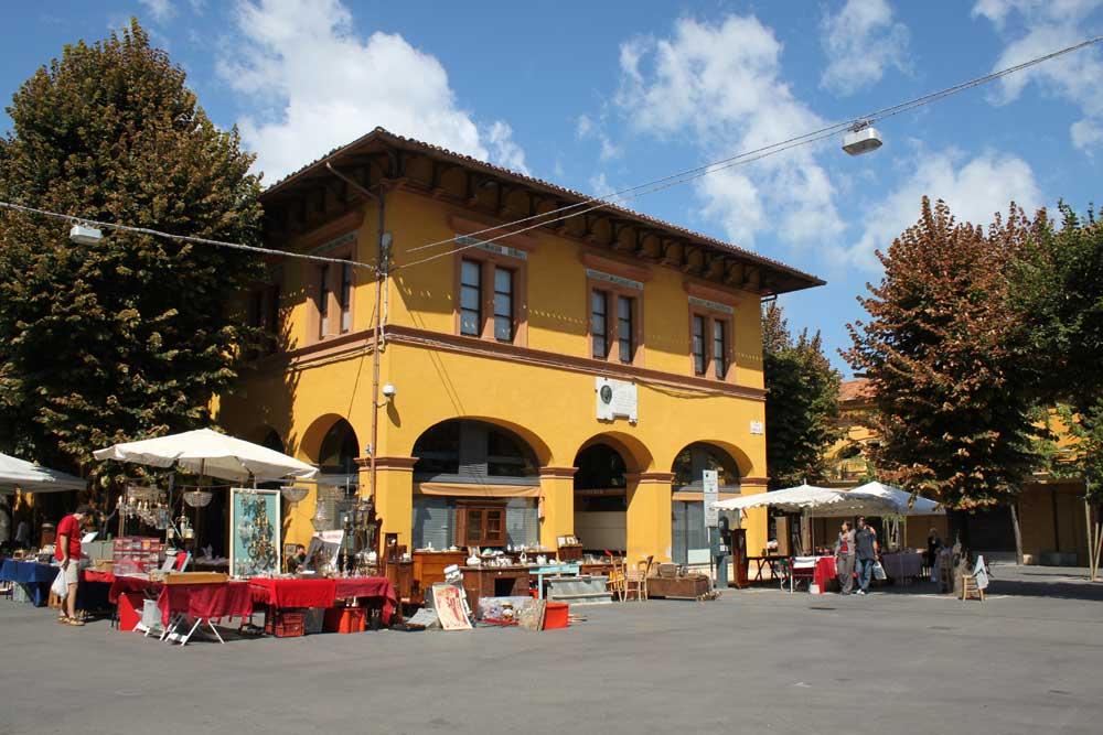 Fano fish market