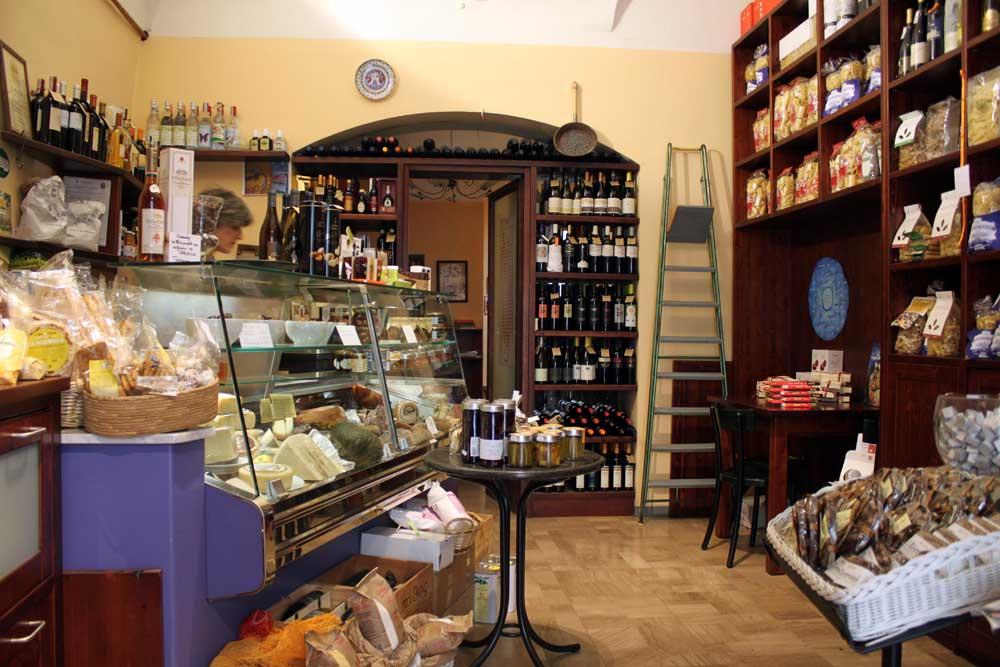 Cagli-Alimentare-Le-Marche-food-and-wine