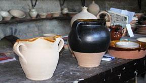 Italy ceramics Marche pottery Montottone