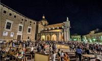 marche villa rentals festivals and fairs