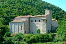 Sant Emiliano in Congiuntoli Umbria Marche border Italy Templar church monasteries