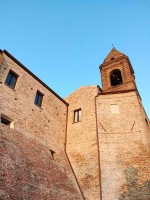 Walled villages hilltop towns central Italy off the beaten track Marche