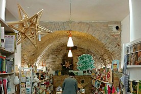 Urbino shopping shop Marche star (1)