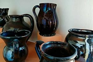 Fratterosa pottery terracotta Marche Italy Urbania