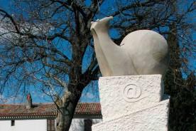 Snail monument Sorbolongo Sant_Ippolito stone artisans artists