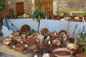 Basket weaving Marche Urbino Mani che intrecciano weaving